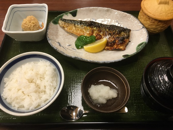 らら亭-さば塩焼き定食
