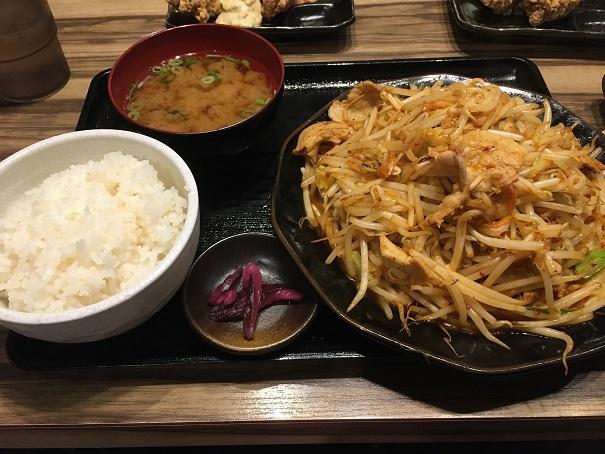 マルキン商店-豚バラキムチ炒め定食